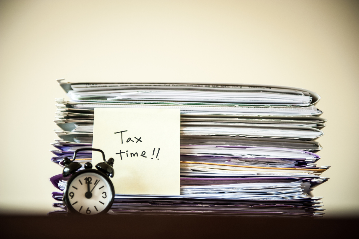 The tax year end approaches as filing deadline eased